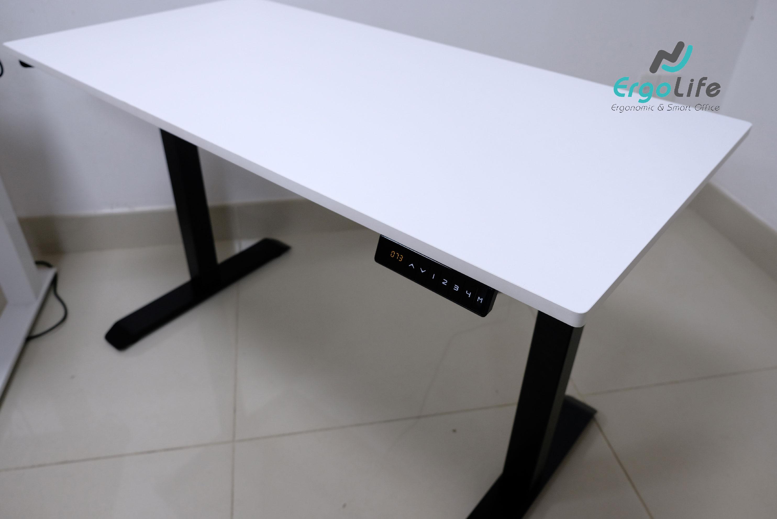 Bàn điều chỉnh độ cao bằng điện - Ergonomic Desk ERD-1210